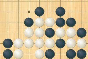 《黑白五子棋比赛》游戏画面1