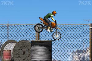 《摩托工地越野》游戏画面2