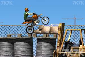 《摩托工地越野》游戏画面4