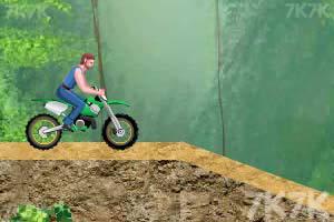 《特技摩托挑战赛》游戏画面5