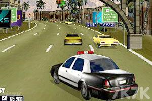 《警车追捕逃犯》游戏画面1