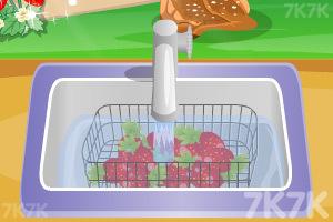 《香甜草莓蛋糕》游戏画面3