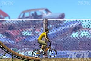 《花样自行车》游戏画面2