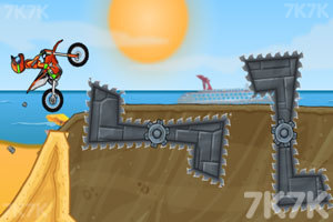 《摩托障碍挑战》游戏画面3