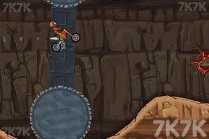 《摩托障碍挑战3》游戏画面6