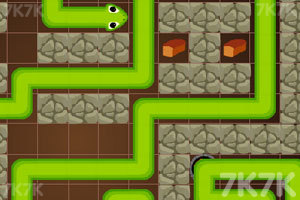 《贪吃蛇洞穴逃生》游戏画面3