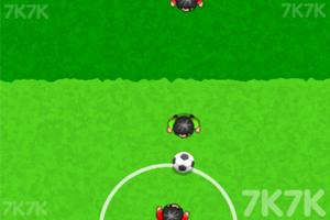 《接力足球》游戏画面3