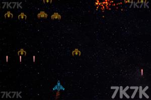 《太空防卫》游戏画面2