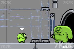 《绿巨人合体》游戏画面3