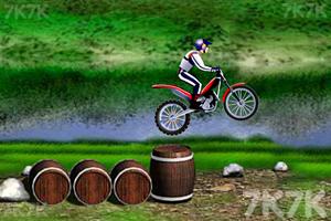 《超级摩托挑战赛》截图2