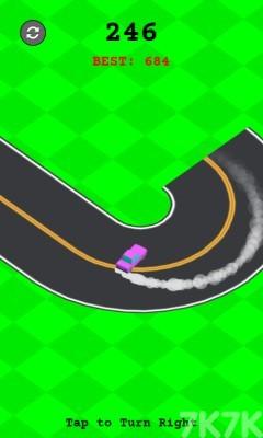 《右向漂移》游戏画面3