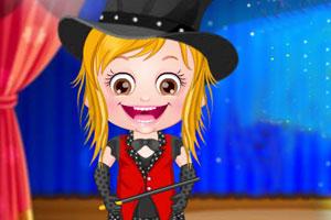 可爱宝贝魔术表演