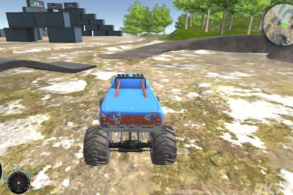 《越野车训练赛》游戏画面1
